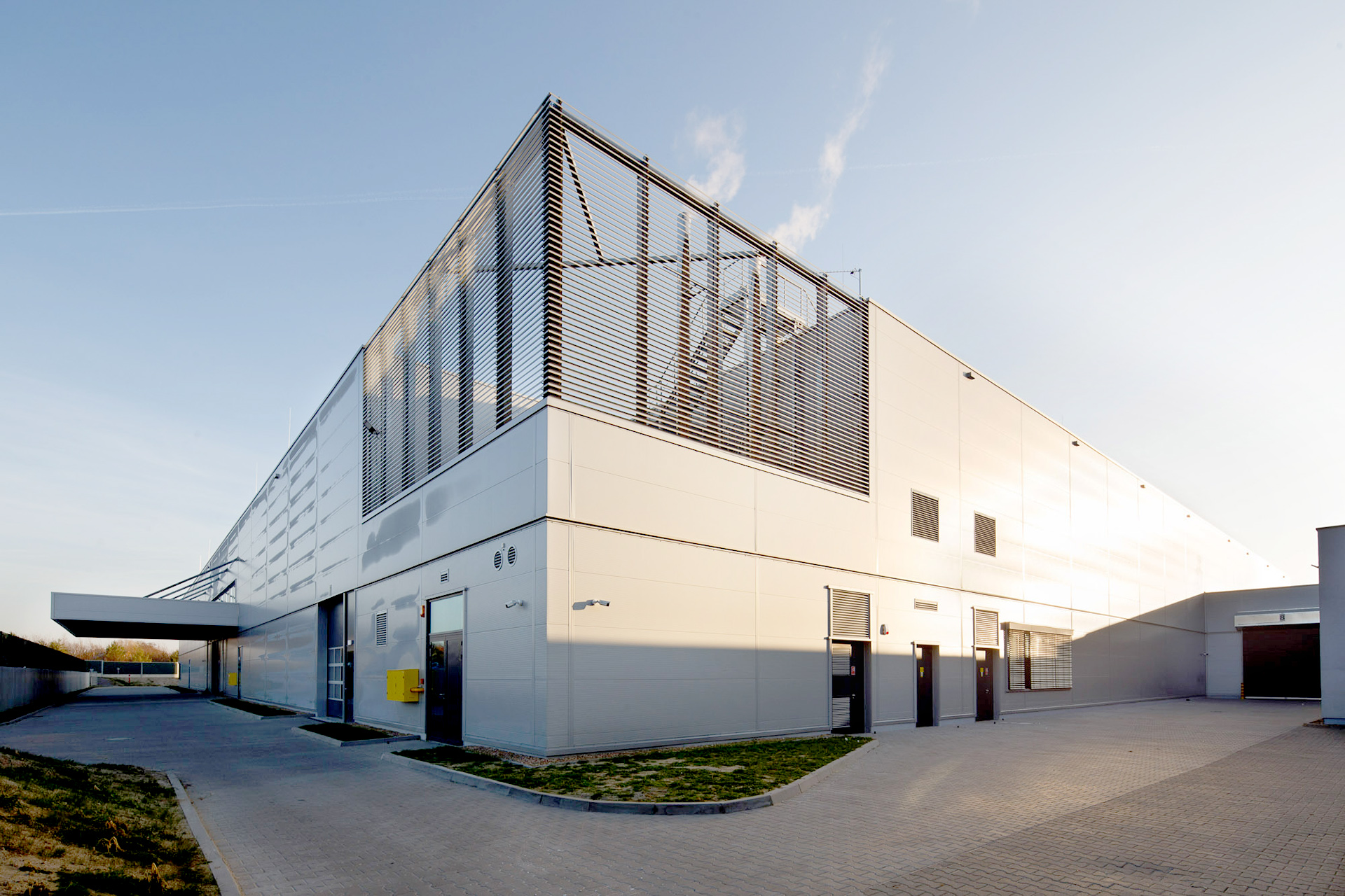 FIM Factory Extension for Acoustic elements for the automotive sector in Środa Śląska Poland built by Takenaka Europe