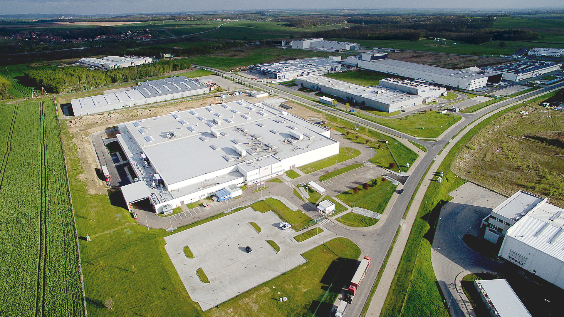 AKS factory extension in Poland built by Takenaka Europe