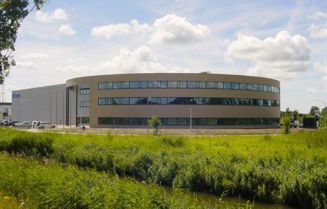 Tsubakimoto Büro Warenlager, gebaut von Takenaka Europe GmbH